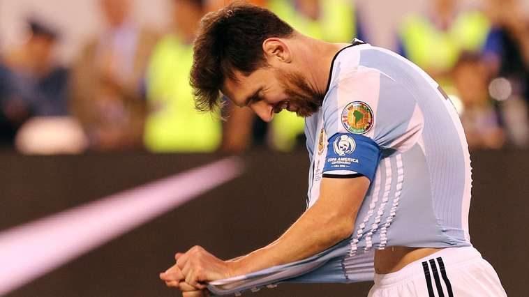 Messi renuncia