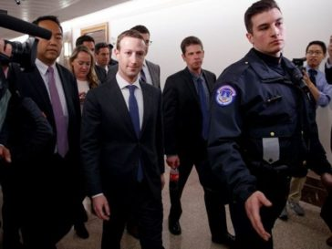 Mark Zuckerberg Guardaespaldas